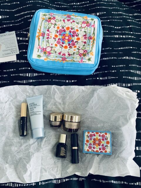 Estee Lauder 8 piece Gift Set NEW-Valued At $176 Full Size Lipstick Included