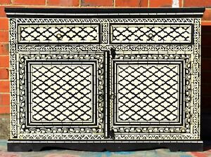 Black-Hand-Painted-Sideboard-Cabinet-Buffet-Indian-Moroccan-Geometric-Bone-Inlay