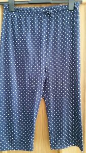 New-Navy-Blue-amp-white-spots-Cut-Off-Cropped-Trousers-Size-L-10-12-H-amp-M-Casual
