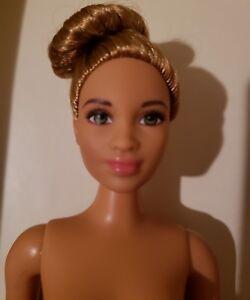 *NUDE DOLL* NEW 2018 FASHIONISTA CURVY Barbie DOLL