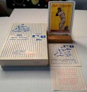 Roberto Clemente Porcelain Reprint 1958 Topps R & N CHINA CO. With box and stand