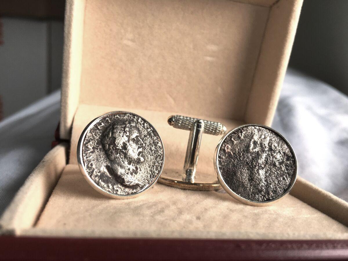 coinsincufflinks