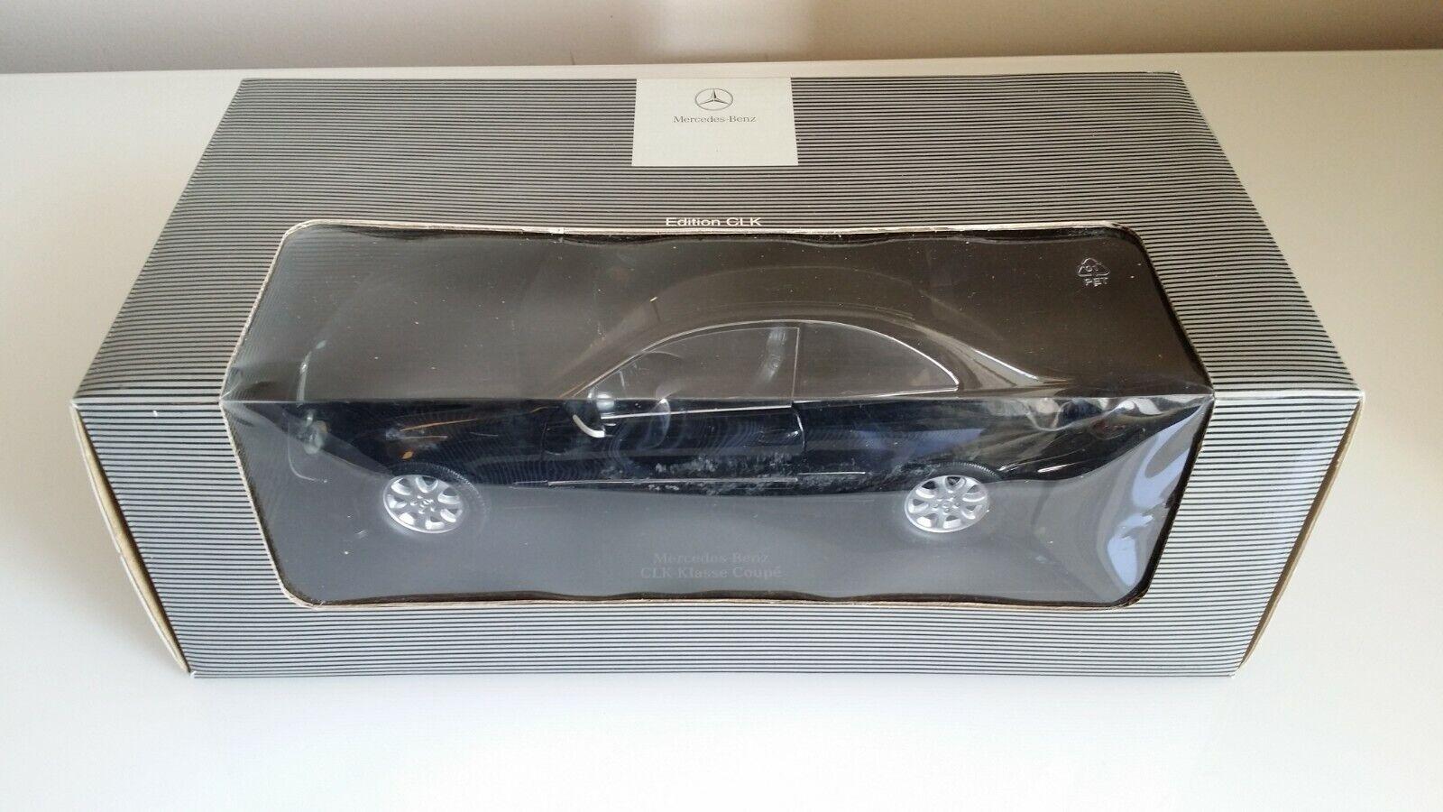 Mercedes Benz CLK Coupe Dealer Model 1 18  MIB Boxed  haute qualité
