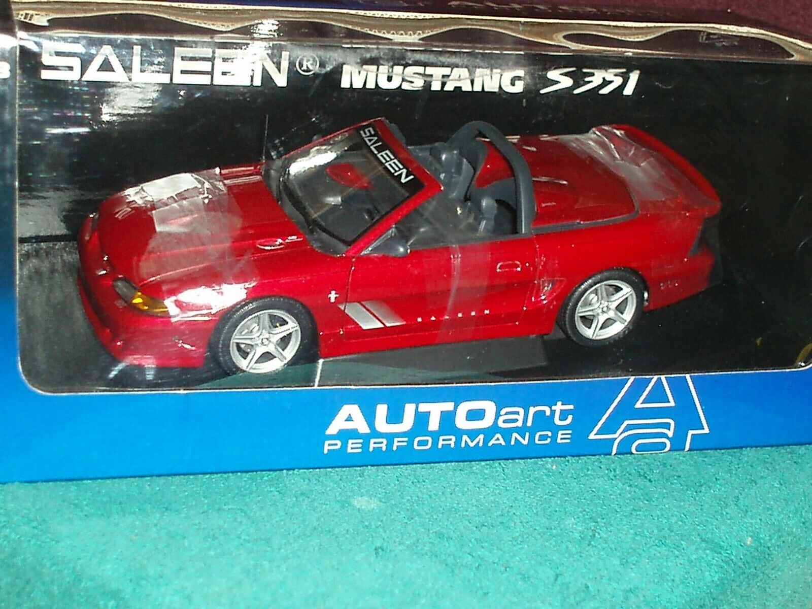 AUTO ART 1998 FORD SALEEN MUSTANG S351 CONV 1 18 MET RED VHTF