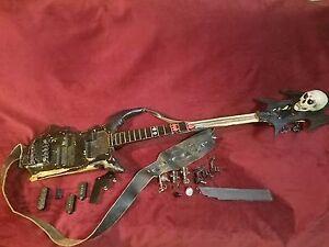 1979-Rickenbacker-4001-bass-Jerry-Only-Owned-Original-danzig-era-MISFITS-skull