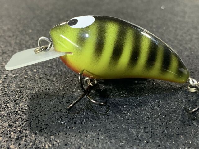 Chartreuse Black Back Color Custom Wood Wake Bait M4 Wake Whiptail Lures