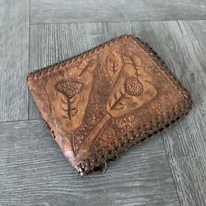 Vintage-Genuine-Leather-Hand-Tooled-Wallet-Billfold-Floral-Mens-1970s-Hippies