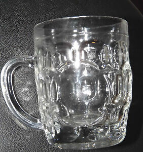 COLLECTORS-TRADITIONAL-DIMPLE-HALF-PINT-RETRO-LAGER-BEER-MUG-STEIN-GLASS-HANDLE