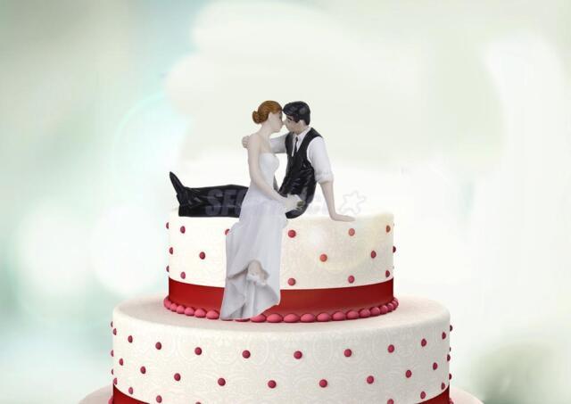 LOOK OF LOVE Couple Bride & Groom Figurine Romantic Wedding Cake Topper Top