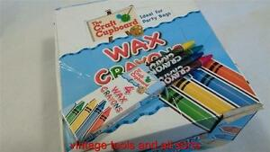Wax-crayons-party-bag-fillers-10-packs-of-wax-crayons