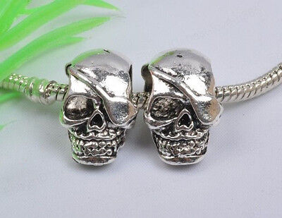 10pcs Tibetan Silver One-Eyed Skull Charms Beads 20X13MM BE827