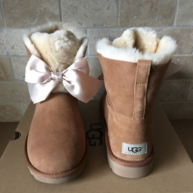 7688a4a9567 UGG GITA BAILEY BOW SATIN CHESTNUT SUEDE FUR SHORT ANKLE BOOTS SIZE 11  WOMENS
