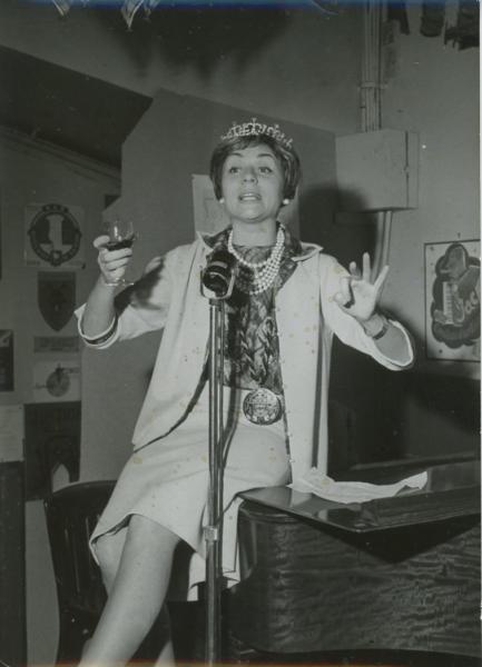 CompéTent Annie Cordy Un Verre à La Main Vintage Silver Print Tirage Argentique 13x1