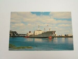 J1097-Postcard-Canadian-Lake-Superior-Post-Card-Series-Canada-Ship-Fort-William