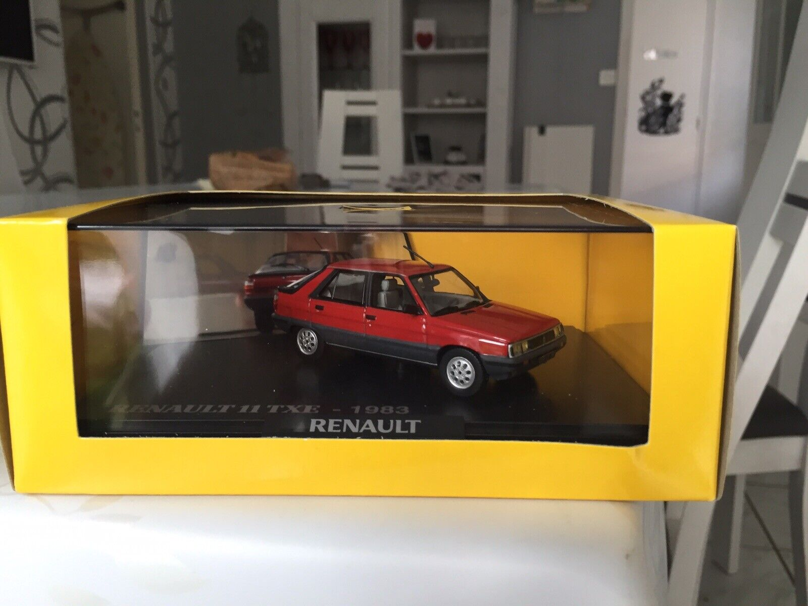 Renault 11 TXE 1983 - Norev - 1:43 - ref Renault Boutique 7711237472