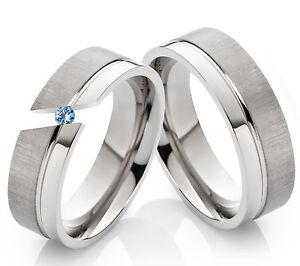 Verlobungsringe-Eheringe-Partnerringe-aus-Titan-mit-echtem-Blautopas-Gravur-TD3T