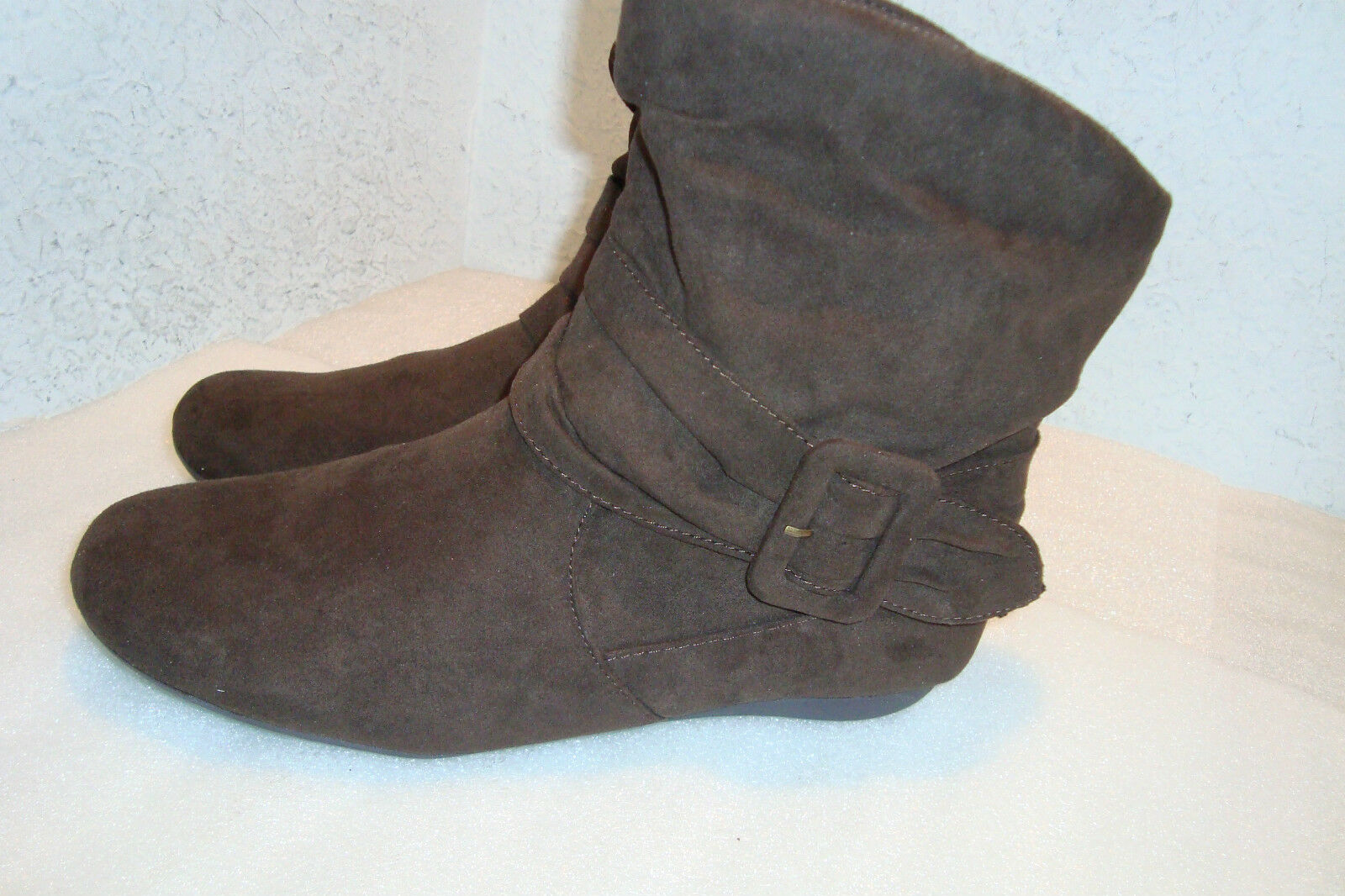 Rampage New Donna Donna New NWOB Brazil Brown Ankle Stivali Shoes 6.5 Medium New 2b4a2a