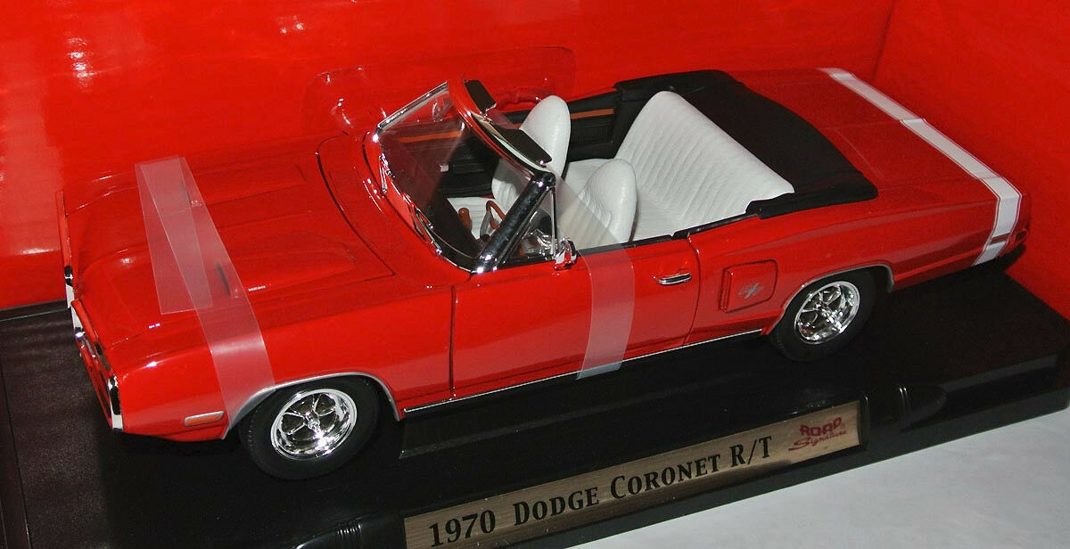 Yat Ming Road Signature - 1970 DODGE CGoldNET R T - rot Weiß leather seats 1 18  | Merkwürdige Form