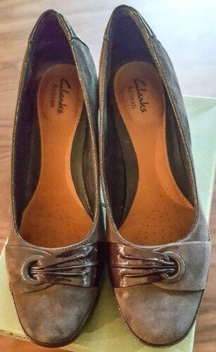 Clarks women shoes size 9