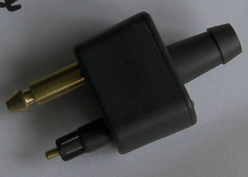 STD FITTING EVINRUDE  FUEL CONNECTOR OUR CODE 73256 DOUBLE HOSE TAIL MALE