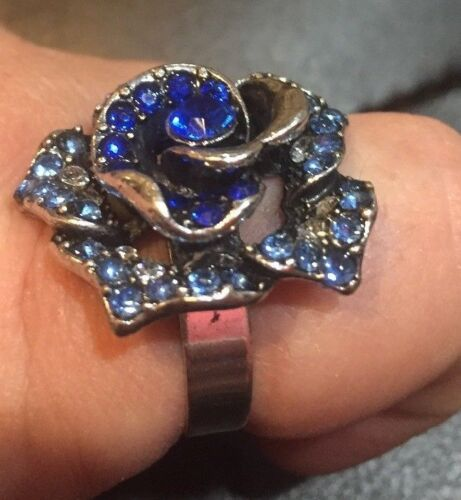 Adjustable Women Blue Crystal Rose Flower Ring Band costume jewelry Flea Market