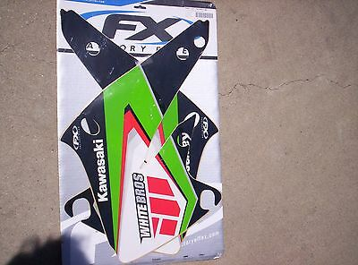 blowout sale// Factory Effex  White Brothers Graphics for 04-05 Kawasaki KX250F