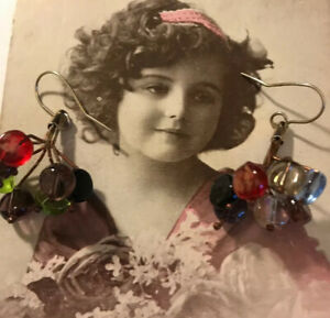 Vintage-Hand-Made-multi-coloured-glass-bead-cluster-drop-earrings