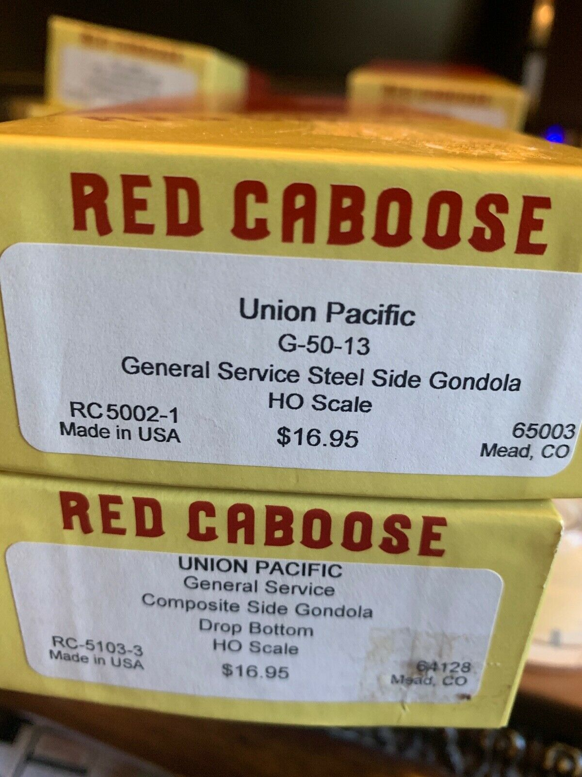 TWO  Red Caboose UP General Service Composite  & Steel Side HO gondolas