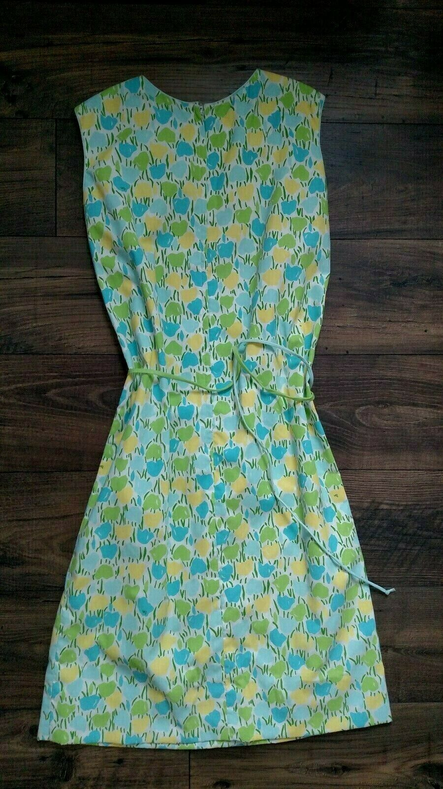 Vintage Vested Gentress Tulip Print Belted Dress size  8