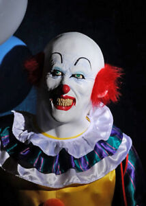 deluxe pennywise it the clown mask
