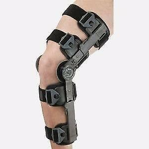 Breg Post op Knee Bracelet for Speedy Recovery. With option to restrict the movement to the desired