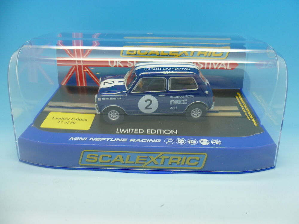 Scalextric C3405 mini nscc uk slot car festival, rare helpers