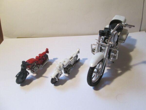 3 Vecchi Modelli Di Moto Giocattolo Difettoso