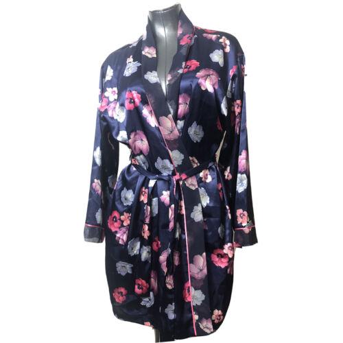 Oscar De La Renta Floral Kimono Style Robe Sleepwe