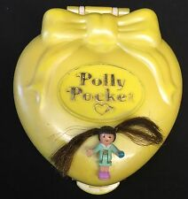 Polly Pocket Mini 💛  1995 - Stylin' Salon - Happenin' Hair - Bluebird Toys (1)
