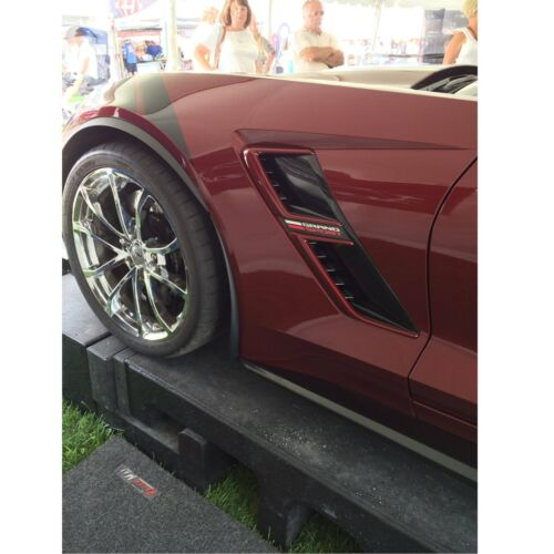 C7 Corvette Enhanced Front Extended Molded Splash Rock Guards CARBON FLASH