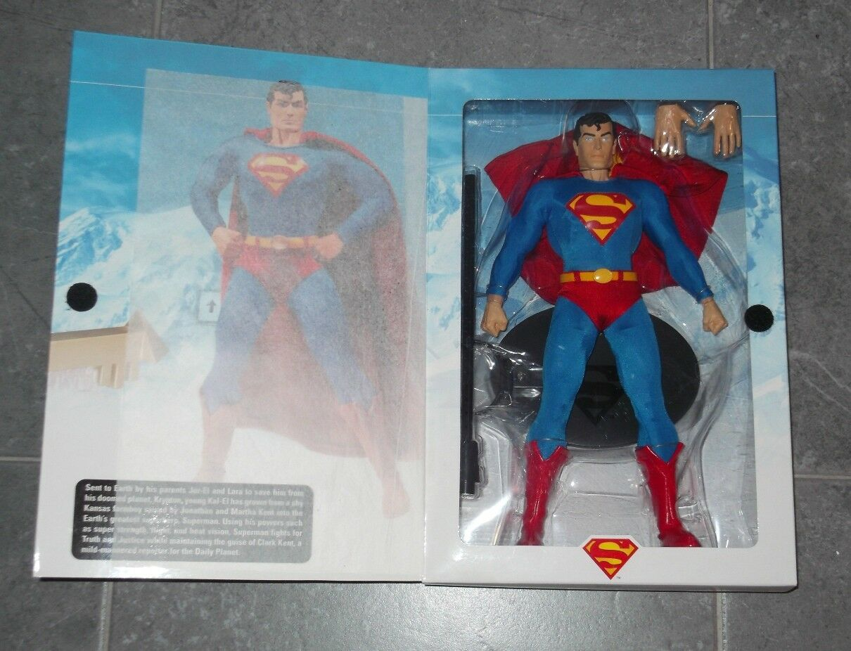 DC Direct SUPERMAN CLASSIC Deluxe Collector Figure 13