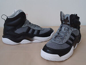 huge selection of cf20a 04add Image is loading Adidas-Originals-Men-039-s-Shoes-Fashion-Sneakers-