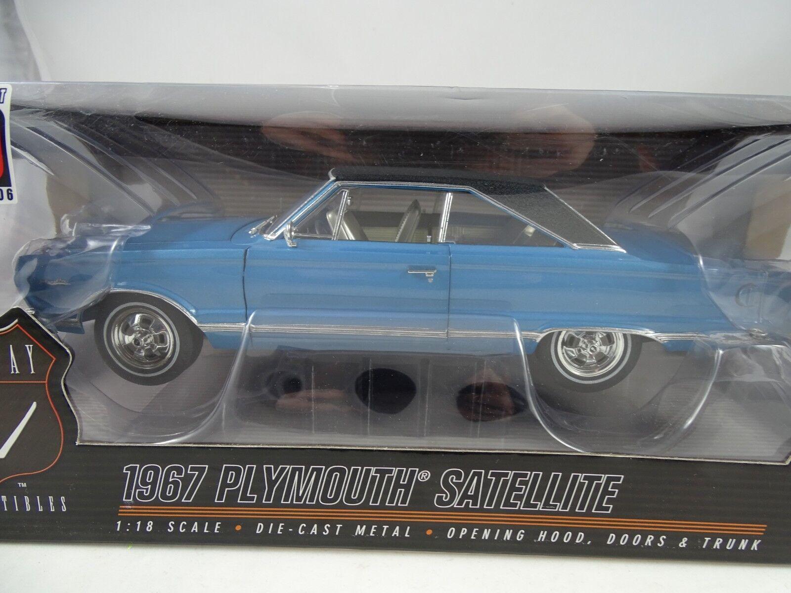 1 18 Highway 61  50501 - 1967 Plymouth Satellite Blu nerovinyl - Rarità