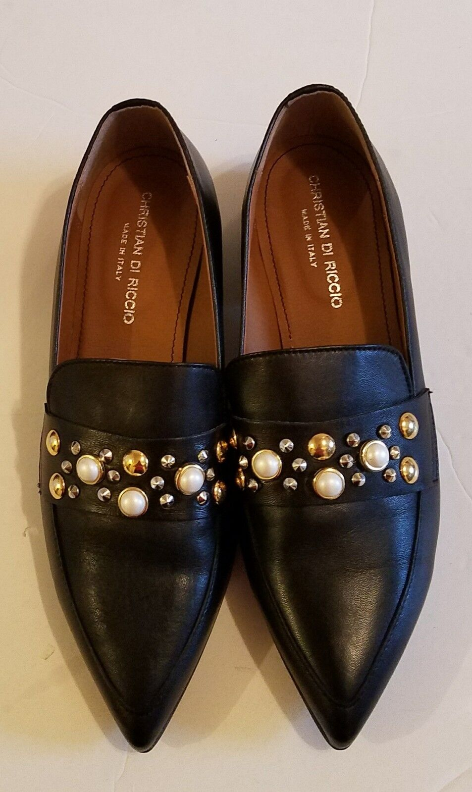 NWOB Christian  Di Riccio Women's Loafers with with with Studs Black sz 38 (7.5 8 ) 5f1433
