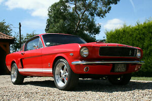 1966-Ford-Mustang-Fastback-289-V8-GT-350-Replica-4-Speed-Man-Air-Con