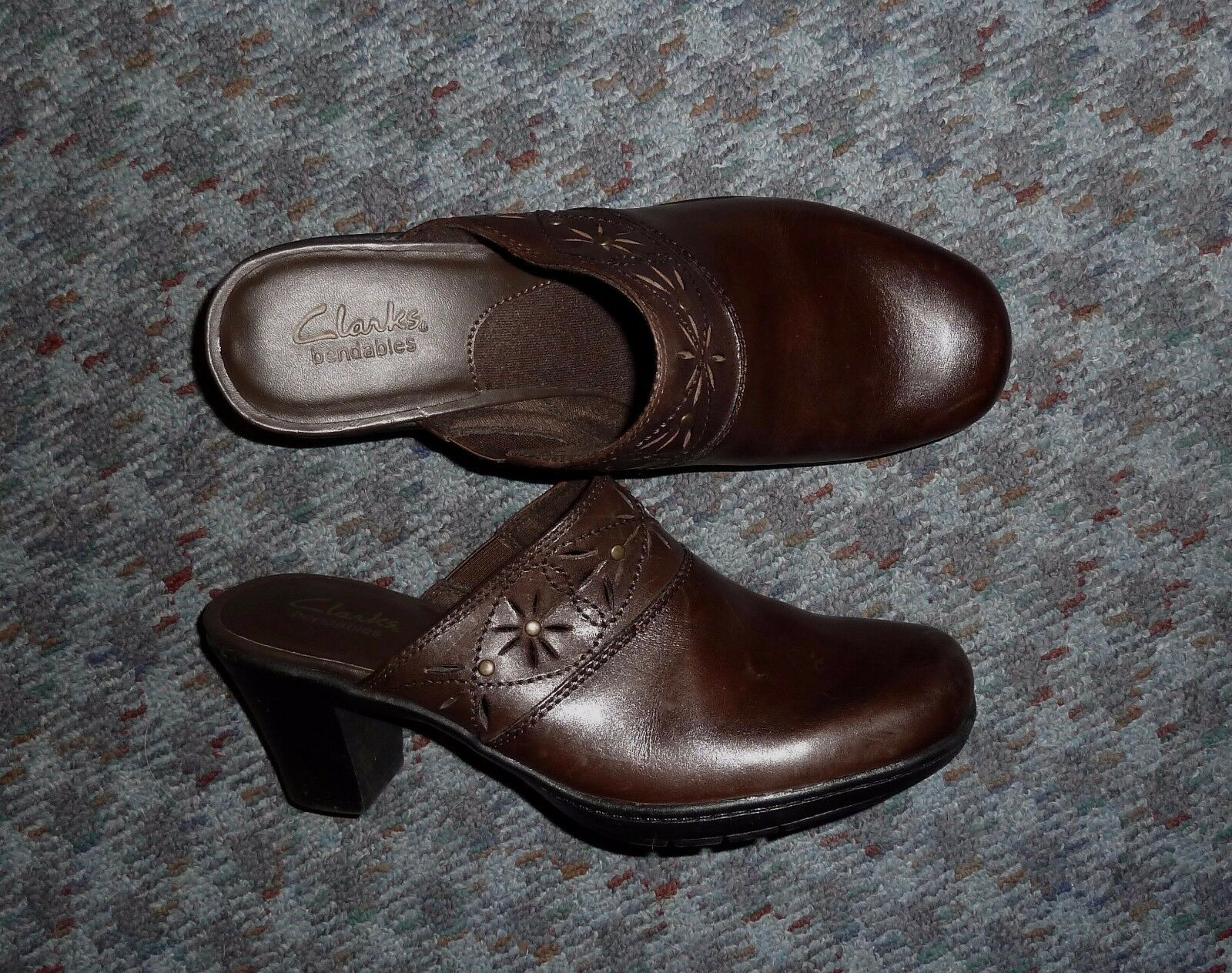 CLARKS - BROWN TOOLED LEATHER 2 LADIES 1/2
