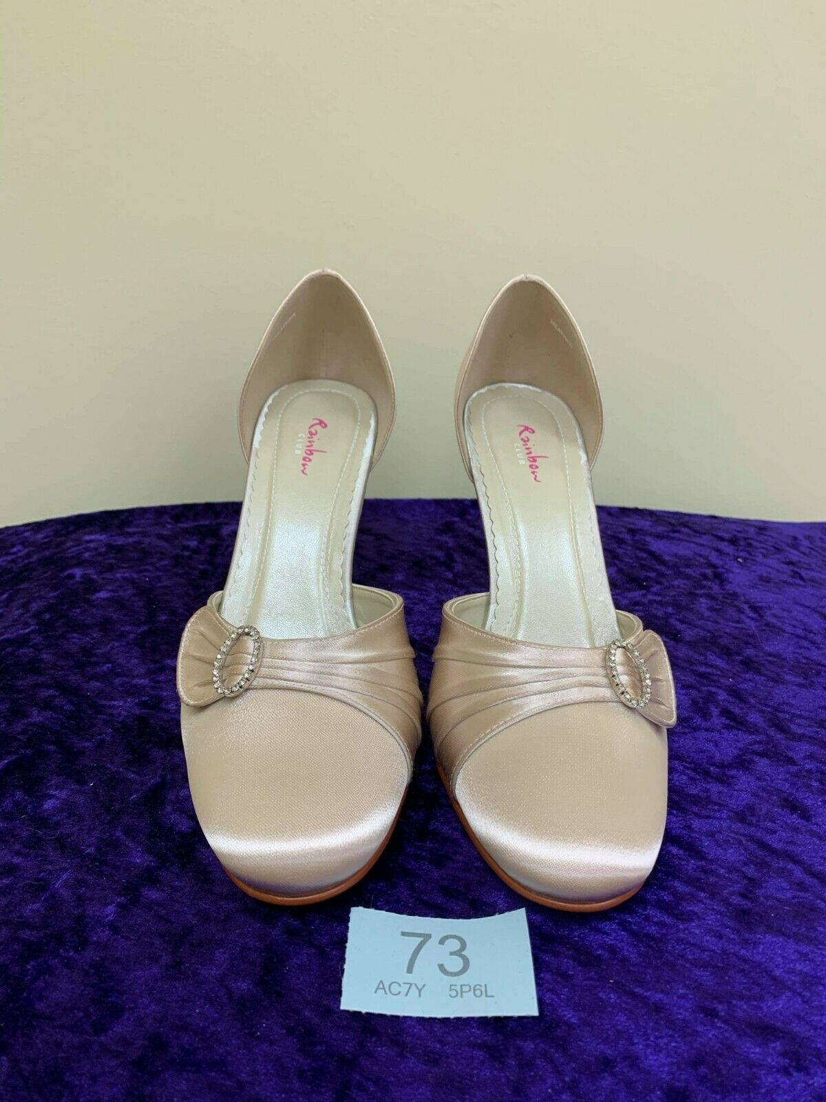 New in box Rainbow Club blush shoes size 5 Style Heather Code 73