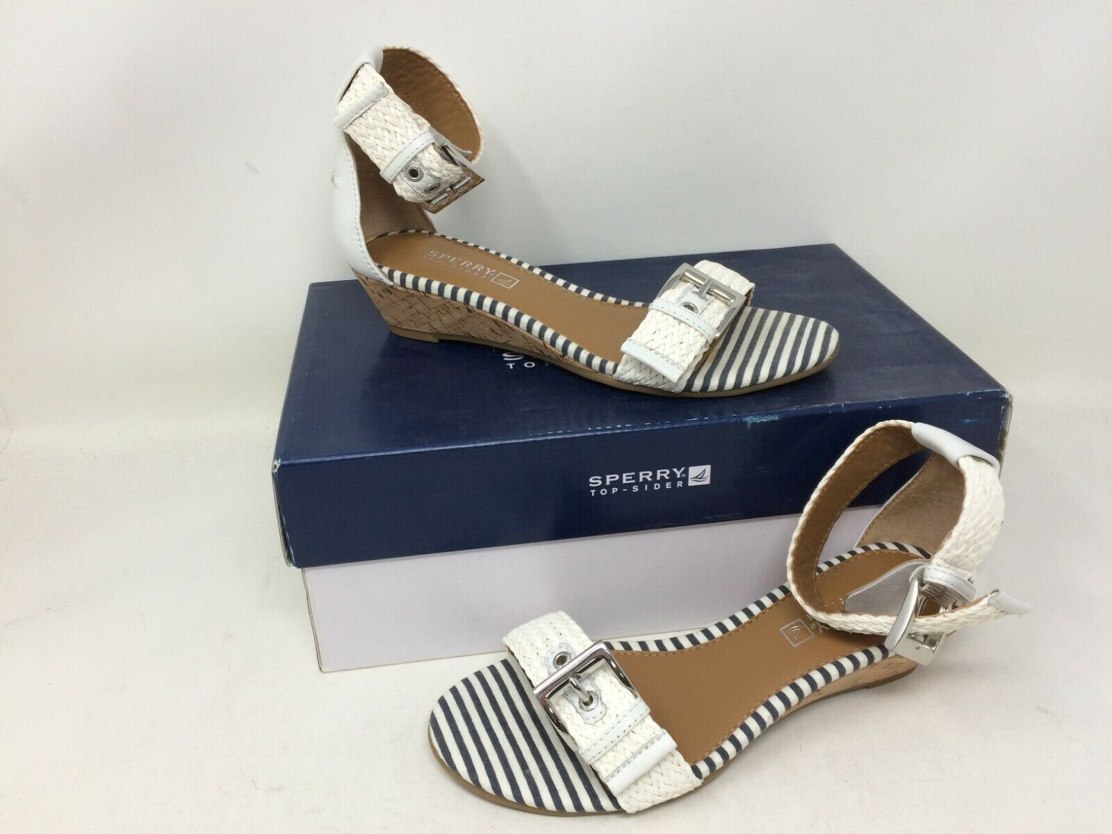 New In Box  Women's Sperry Top-Sider Lynnbrook Wedge Sandal Size 5 White 28W