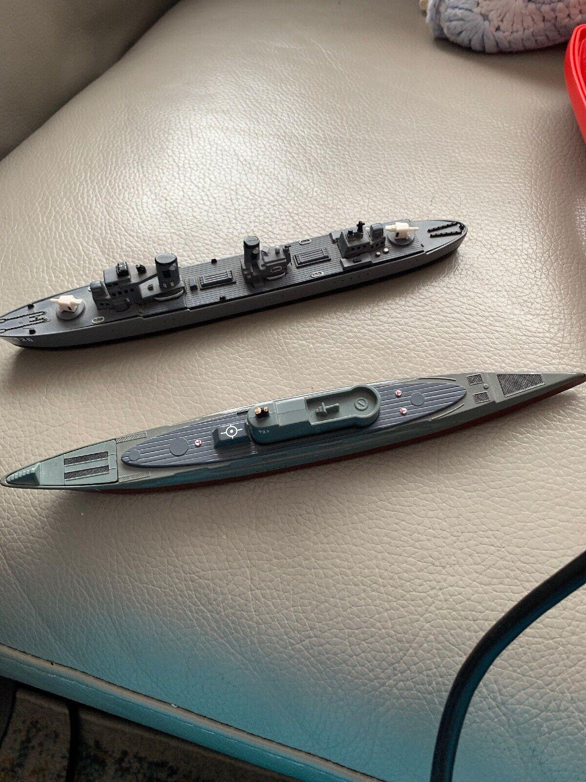 Schuco Submarine ZJ-5 And Schuco Convoy Escort ZJ-2