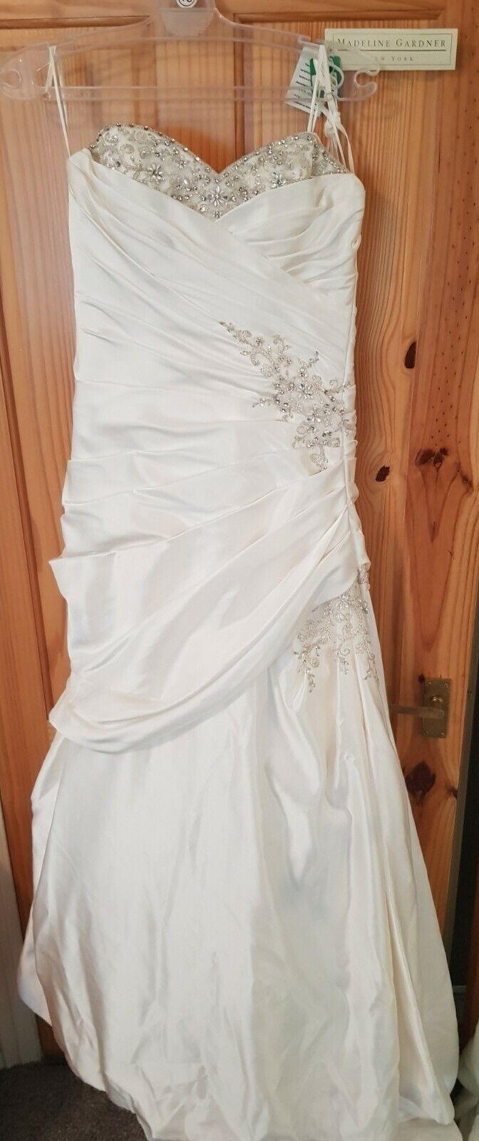 BRAND NEW! MADELINE GARDNER DESIGNER WEDDING DRESS . MORI LEE. RRP