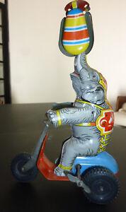 Audacieux Jouet Ancien,éléphant Sur Tricycle En Tôle,us Zone Germany 1950