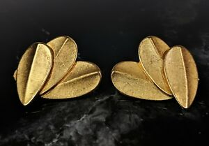 Beautiful-Classic-Vintage-Gold-tone-Clip-On-Earrings-by-Erwin-Pearl