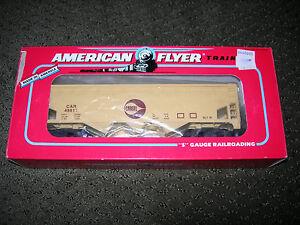 AMERICAN-FLYER-6-48611-CARGILL-3-BAY-COVERED-HOPPER-NIB