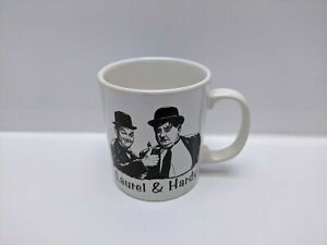 Laurel-amp-Hardy-Staffordshire-Tableware-Mug-Never-Used-Pre-owned